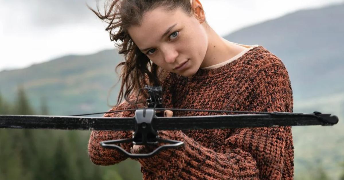 Mandatory Streamers Esmé CreedMiles Returns as Hanna in