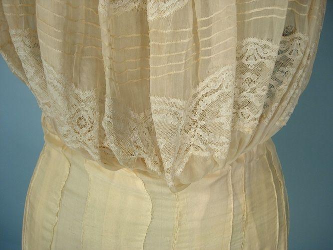 c. 1908-1912 Edwardian RARE Pale Yellow Silk Mull Princess Petticoat. Detail