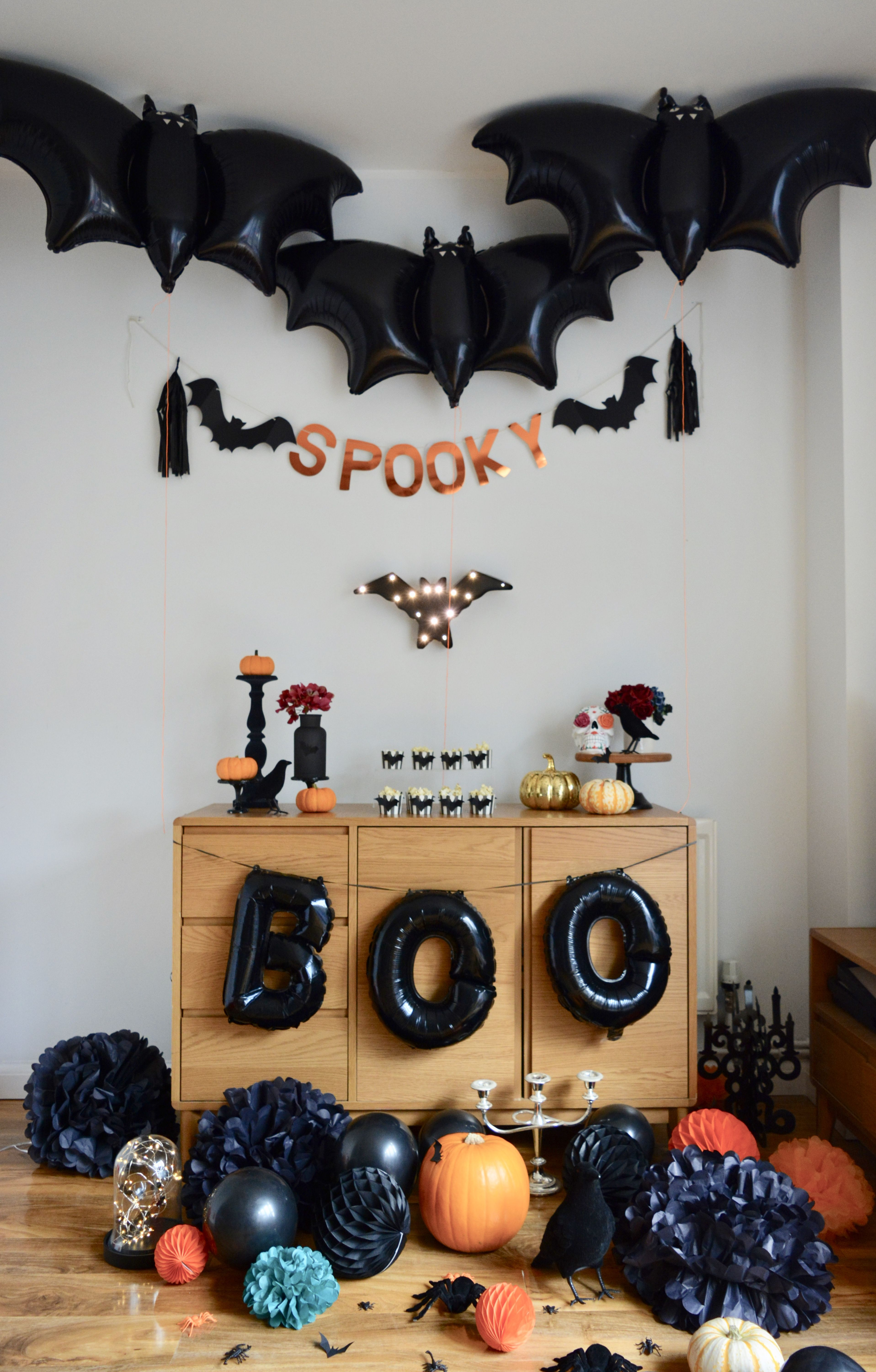 Pin by Maira Laumete on Halloween party decoration Pinterest - cool homemade halloween decorations