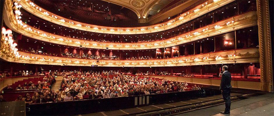 Royal opera house auditorium covent garden london uk london moments pinterest gardens for Royal opera house covent garden