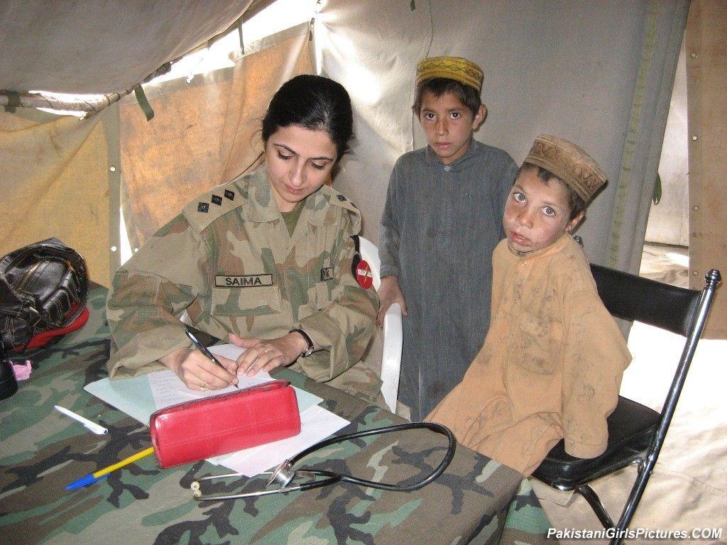 Pakistan Army Lady Doctor | Pakistan army, Pakistan armed