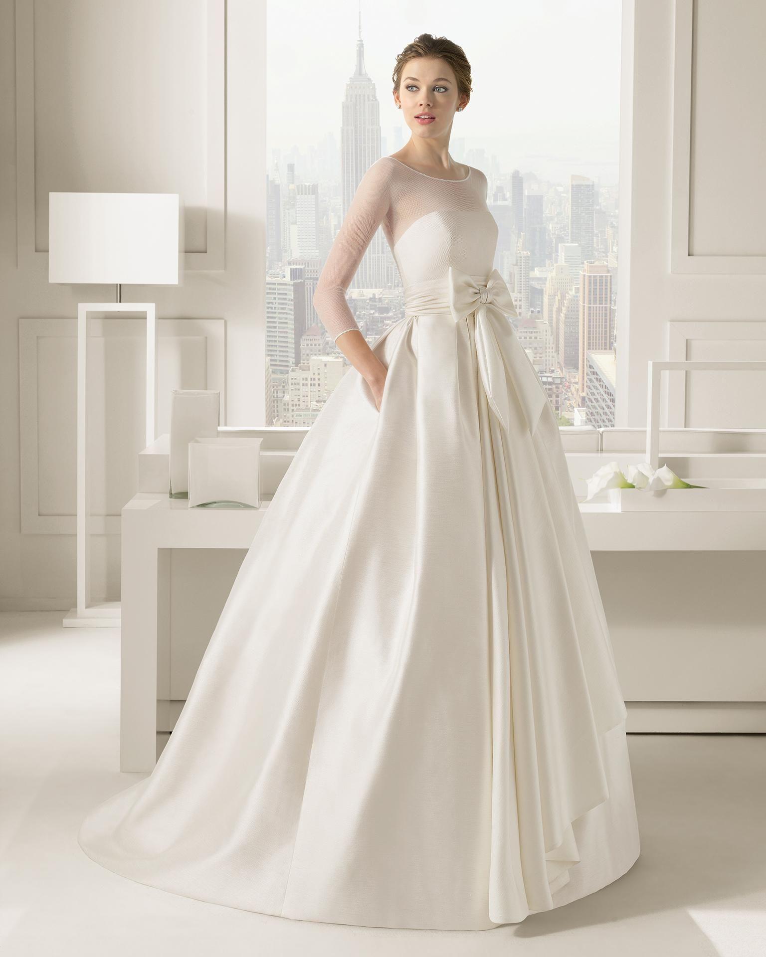 2016 Elegant Wedding Dresses With Jewel Neckline 3 4 Long Sleeve