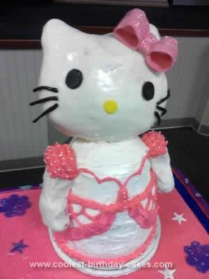 Coolest Hello Kitty Birthday Cake Hello kitty birthday cake