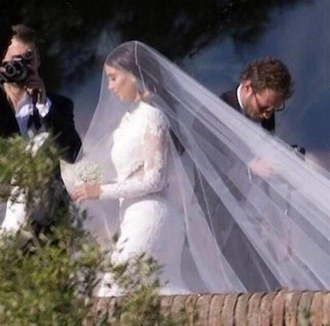Kim Kardashian S Wedding Dress Lily Of The Valley Bouquet
