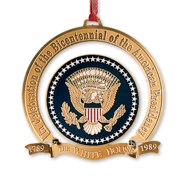 The White House Christmas Ornament For 1989 Celebrates The 200th Anniversary Of The Presidency White House Christmas Ornament White House Christmas House Gifts