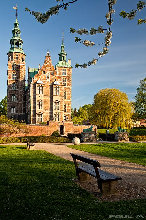 Copenhagen - Rosenborg Slot by Paul MacKinnon on 500px