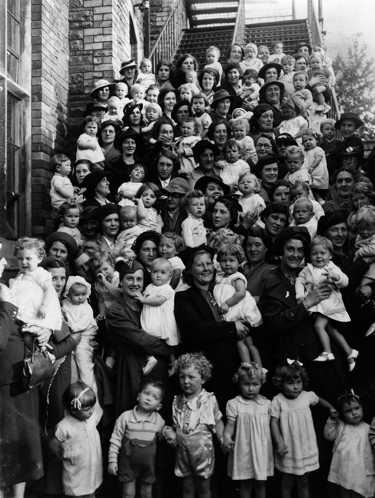These historical photos communicate how huge the Baby Boom