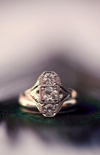 10 Offbeat Engagement Rings Perfect For A Valentines Day Proposal