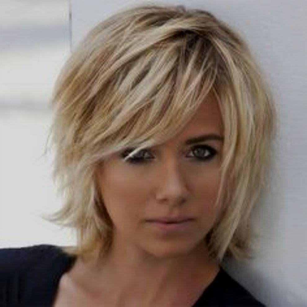 Frisuren Damen Kinnlang In 2020 Bubikopf Frisur Haarschnitt Kurzhaarfrisuren