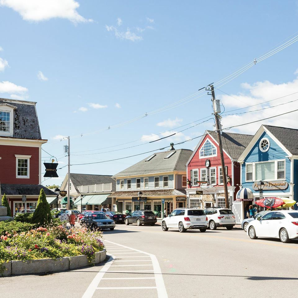 Apartments In Maine New Hampshire: Dock Square, Kennebunkport Maine