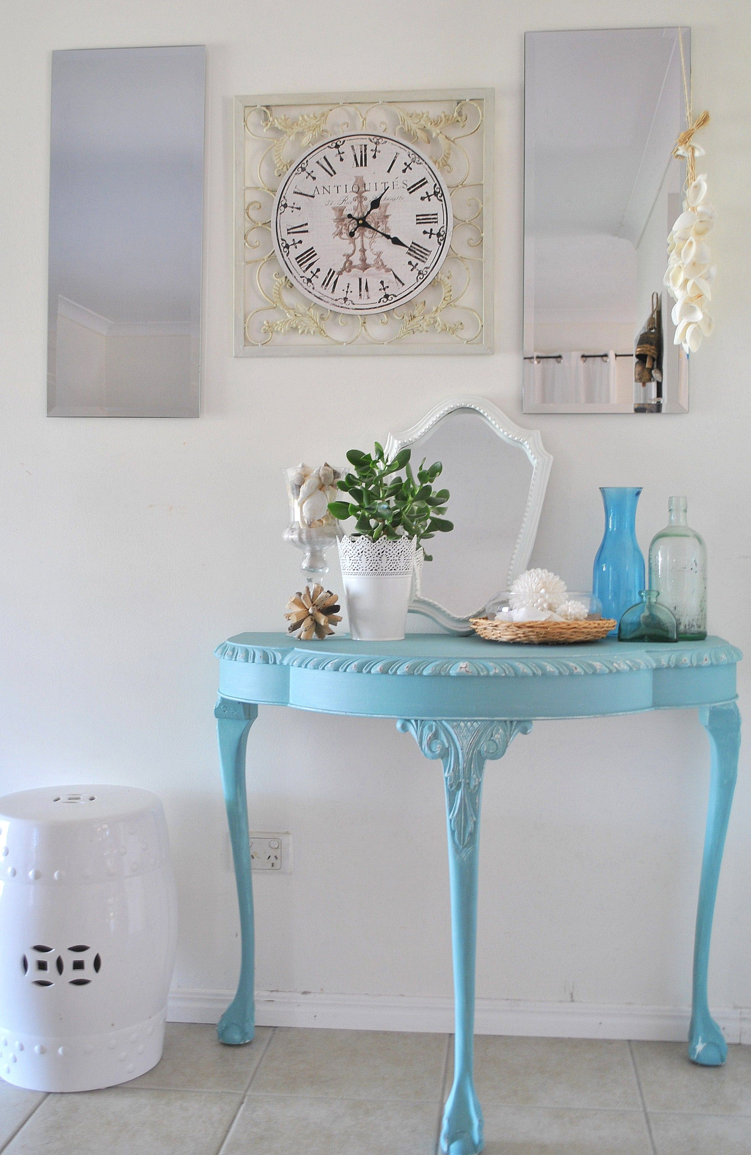 Annie Sloan Chalk Paint Provence Hall Table 037