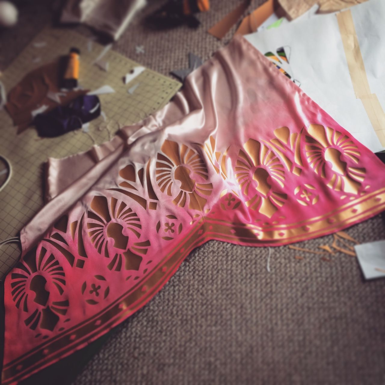 Uncategorized Painting On Vinyl Fabric use heat transfer vinyl to get great  patterns on fabric cosplay