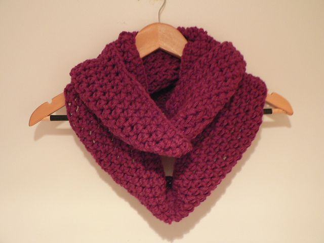 Super quick and easy scarf: free crochet pattern | Fun to do with ...