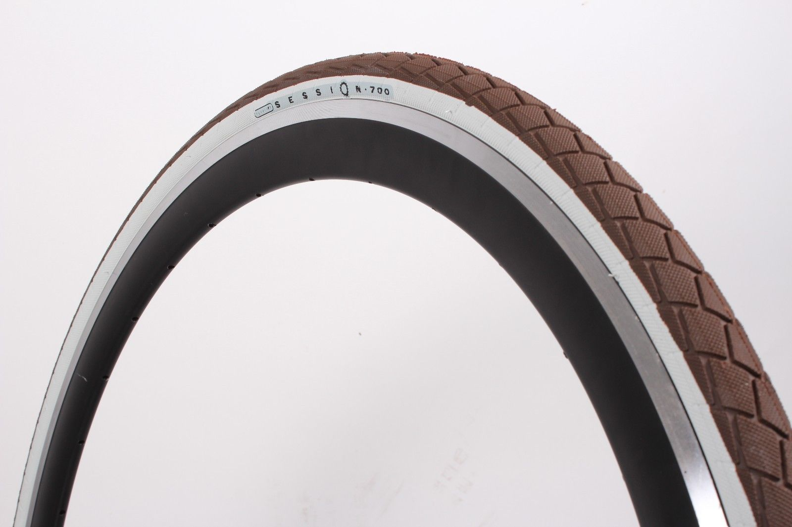 Wanda G5013 700C x 28 Bike Tires Urban Hybrid Slick Commuter CHOCOLATE BROWN