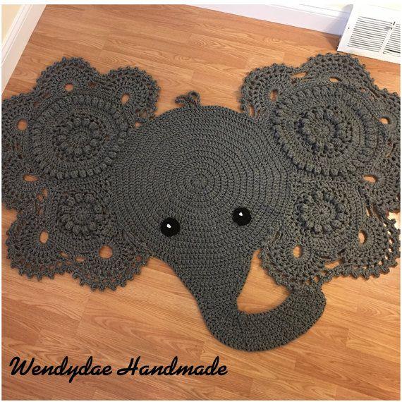 Elefante alfombra hecha a mano del ganchillo por WendydaeHandmade ...