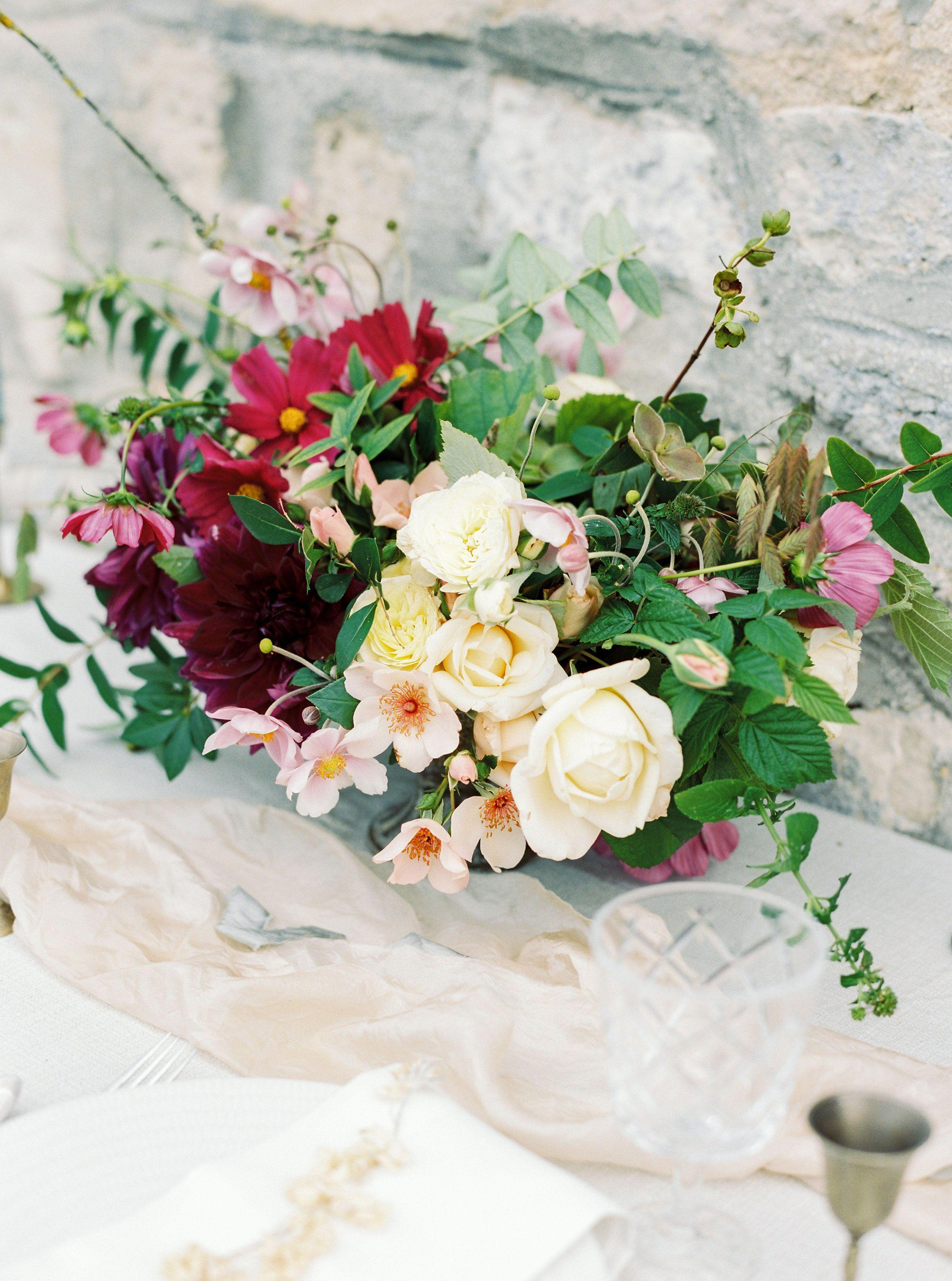 Composition Florale Mariage a lhotel plaza athénée