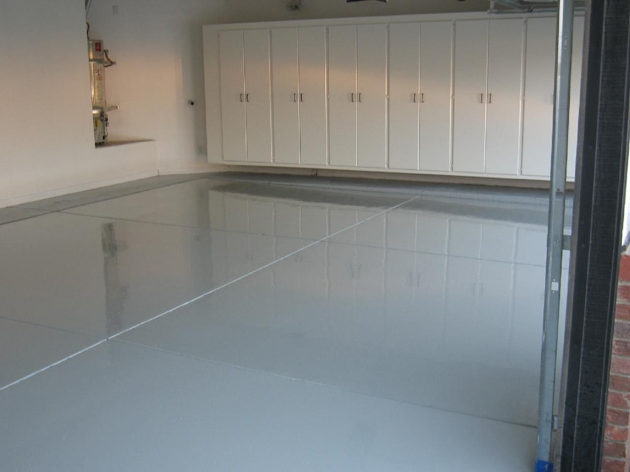 This Is A Gorgeous Finish On The Floor Of This Garage Garage Design Interior Garage Interior Garage Design