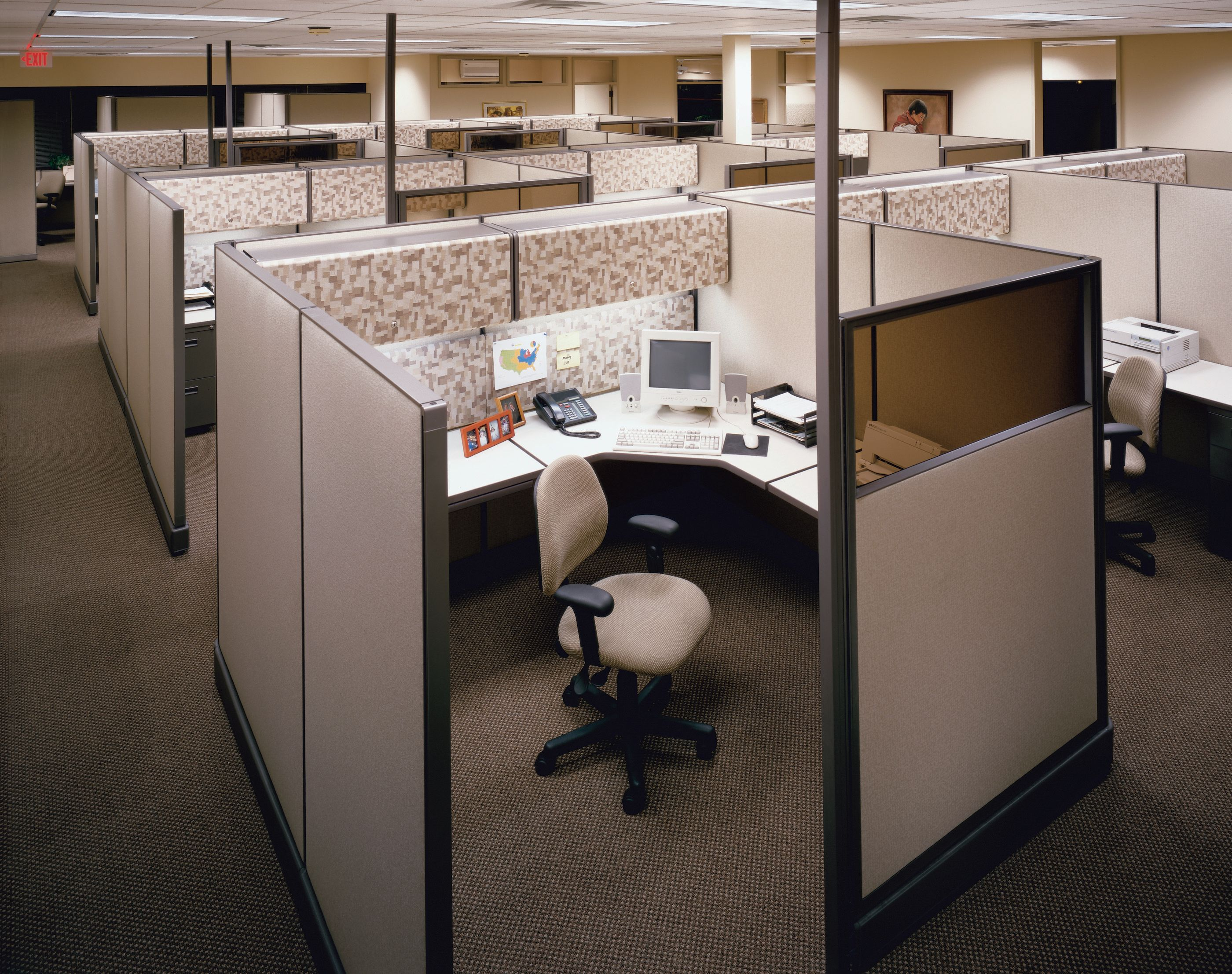 google office cubicles employee google multiple workstation office cubicle ideas google search