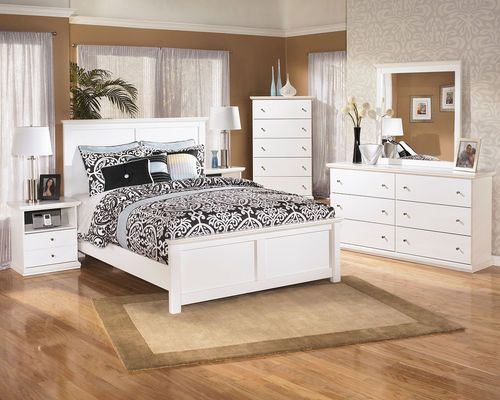 Best Ashley Bostwick Shoals White Dresser In 2019 White 640 x 480