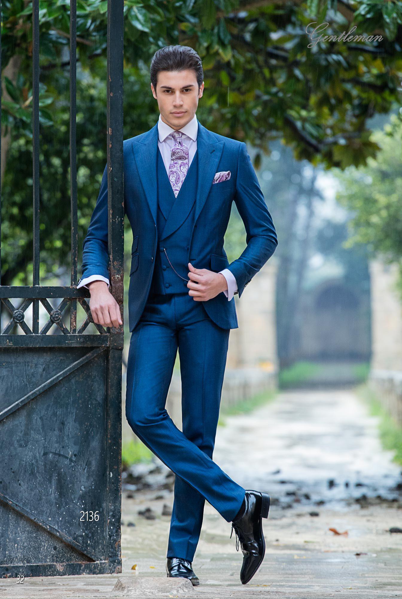 48523ff598da Abito da sposo elegante blu elettrico in misto lana mohair. Completo ONGala  2136.
