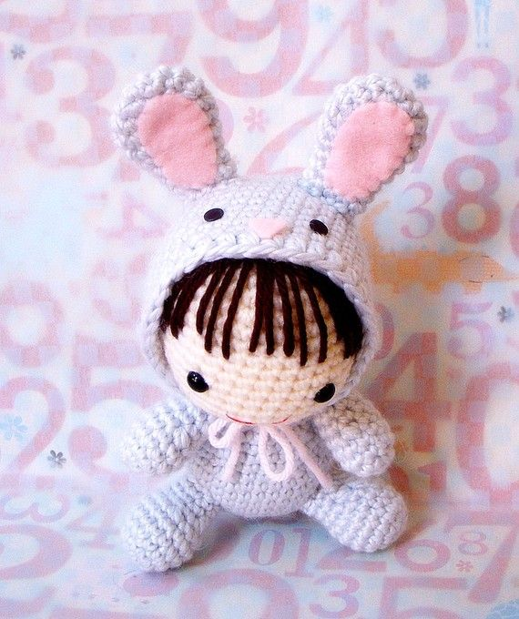 Rabbit amigurumi