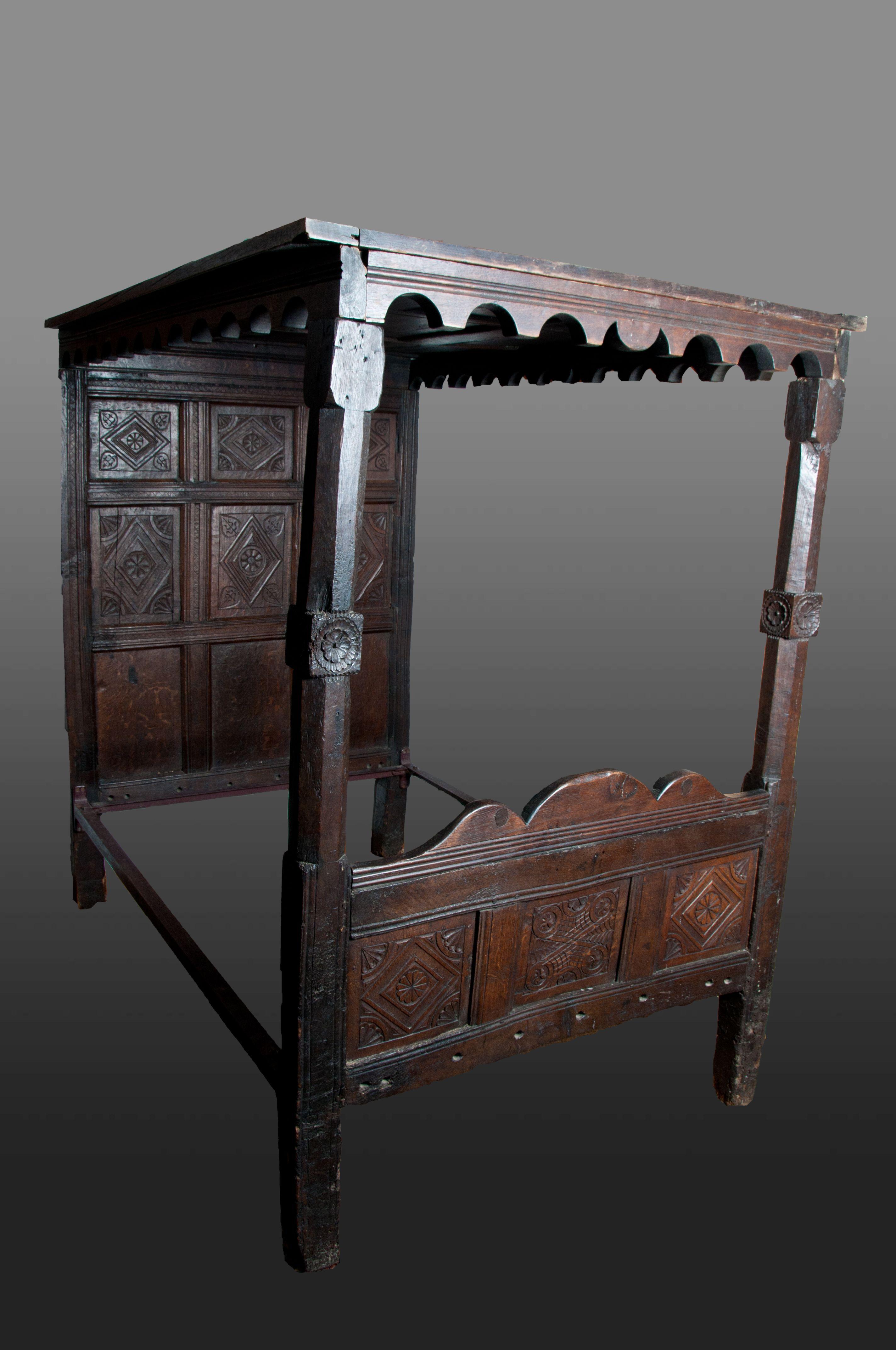 Tudor bed, Marhamchurch antiques | Pilgrim Beds | Pinterest | Edad ...