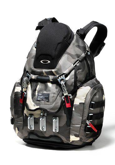 Oakley Kitchen Sink Backpack Worn Olive 92060 79b Pilke Optiikka Backpacks Oakley Gloves Duffel Bag Backpack