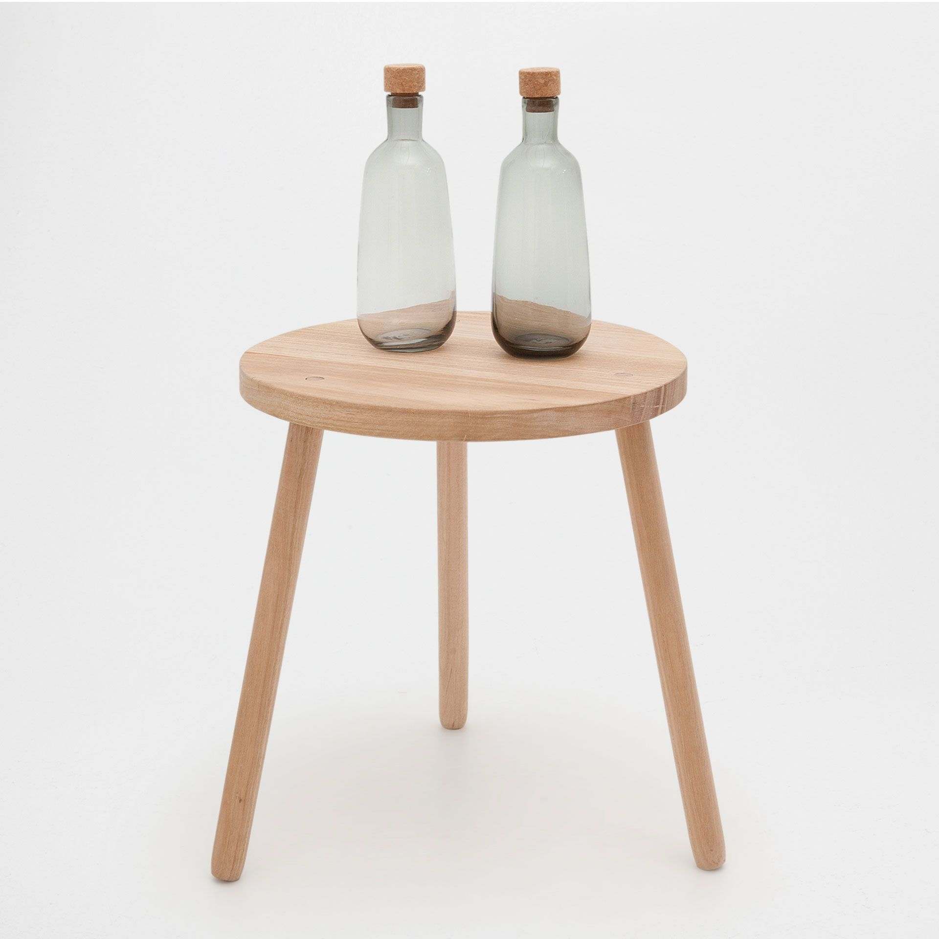 Image 1 of the product three legged side table