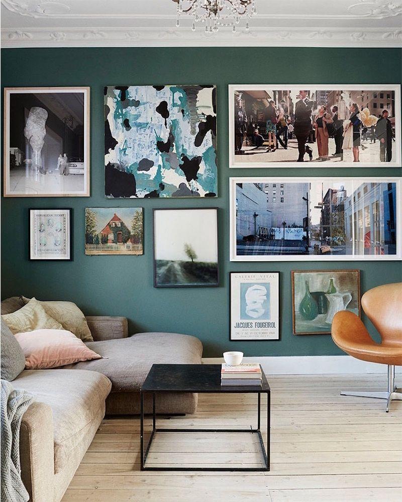 tendance couleur 2017 peinture murale dans le salon en vert ptrole - Peinture Murale Salon Tendance