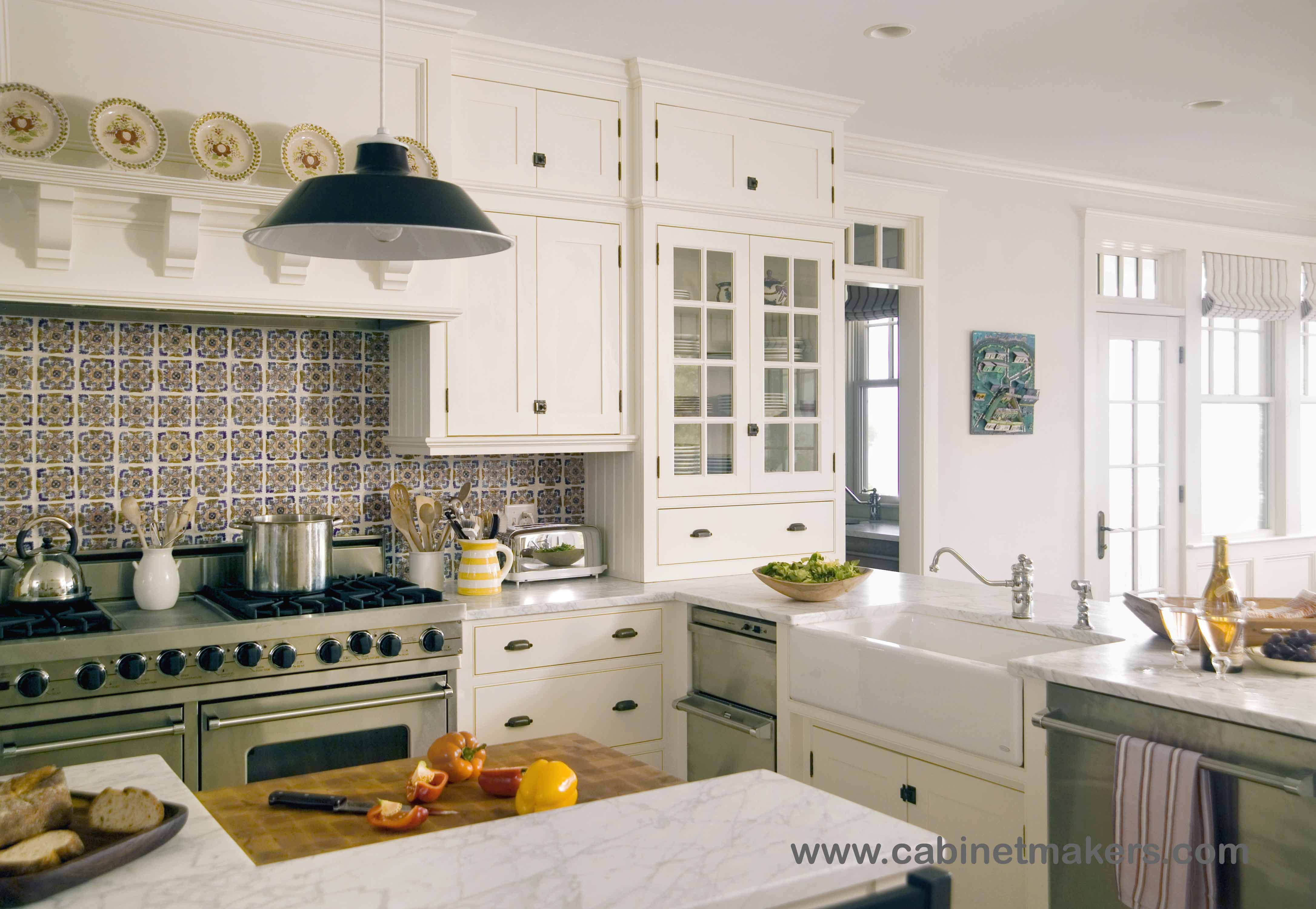 Designer S Cape Cod Kitchen Architect Sally Weston Associates Interior Designer Mally Skok Interior Design Build Kitchen Cape Cod Kitchen Design Builder