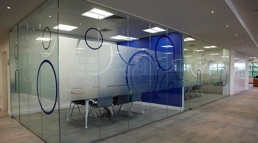 Attrayant Carlisle Frosting With Vinyl Circle Decoration Window Graphics, Glass  Sticker Design, Glass Film Design