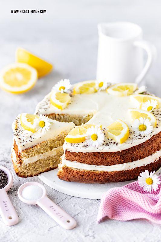 Saftiger Zitronenkuchen mit Mohn & Frischkäse-Frosting - Nicest Things