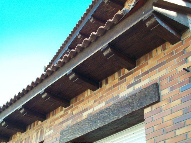 © Canecillos y placas hormigón imitación madera | Prefabricados Linares |  Tel/Fax.: 918 66 06 45 - Móvil: 625 57 22 09 / 652 80 01 48