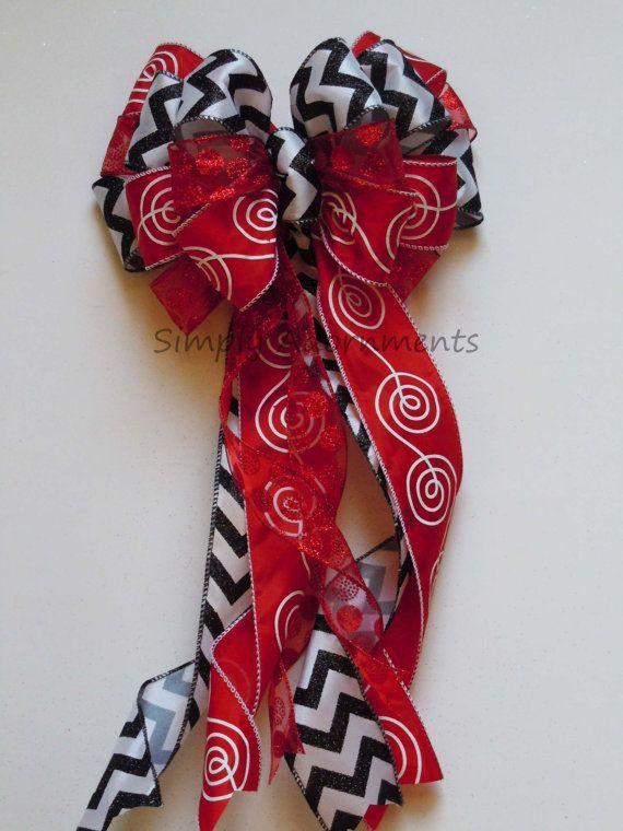 Black Red  Valentine Wreath Bow Wedding Bow by SimplyAdornmentsss