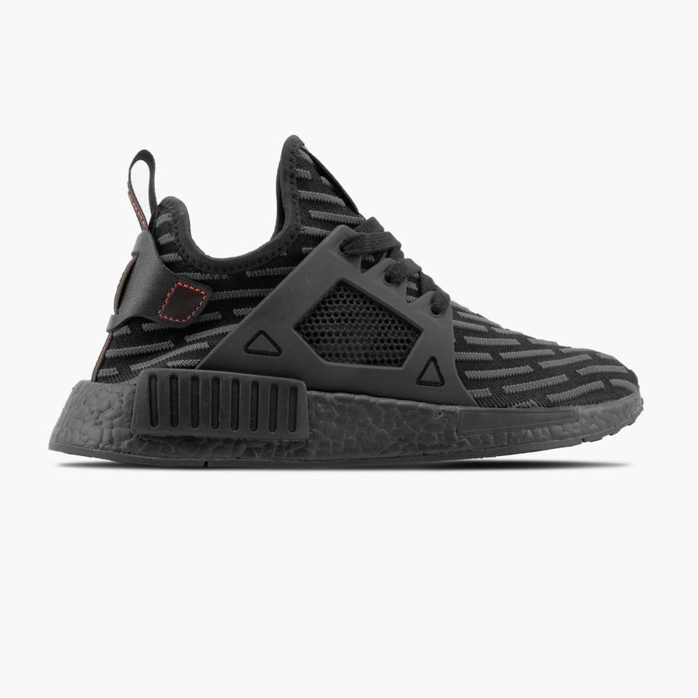 adidas nmd xr1 triple black r2