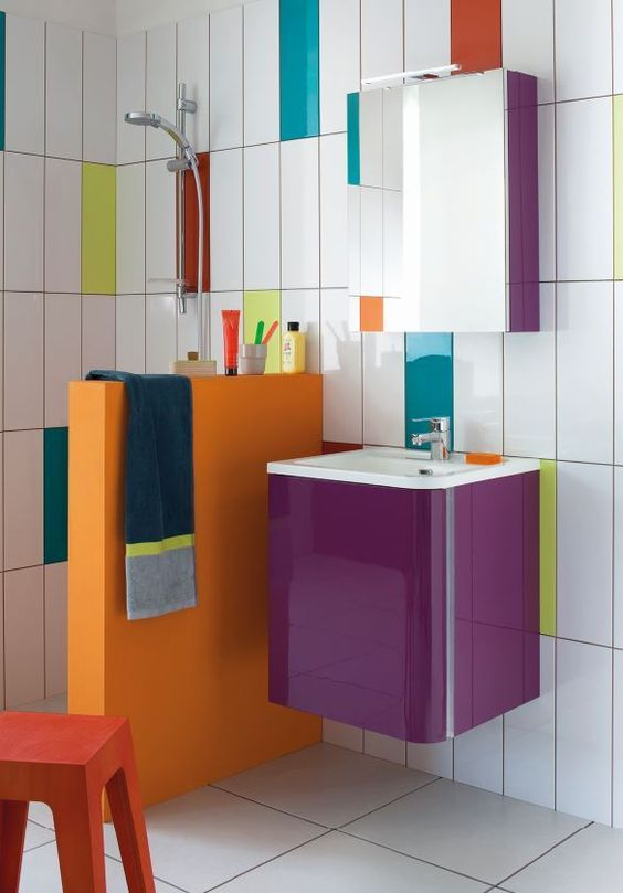 Kleurrijke badkamer. | My Loft | bathroom | Pinterest | Fliesen