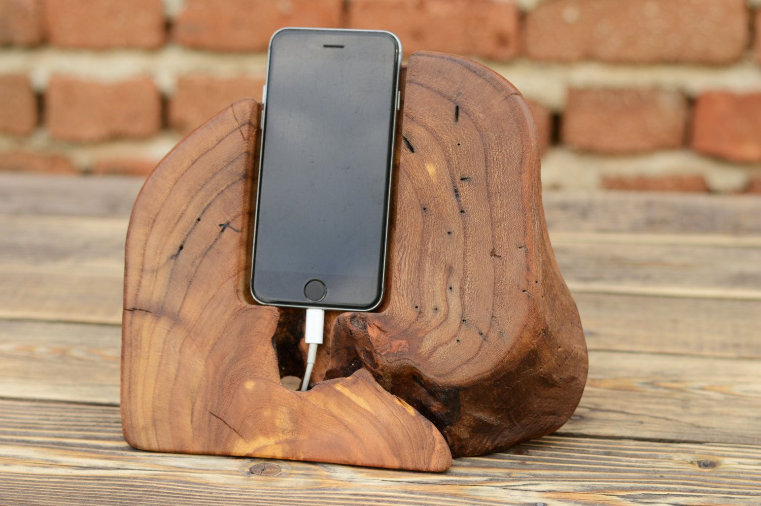 Diy phone stand and dock ideas that are out of the box