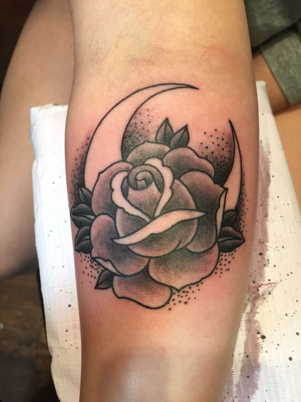 Moon and rose traditional tattoo. Black and grey More | Traditional rose  tattoos, Traditional tattoo, Rose tattoos