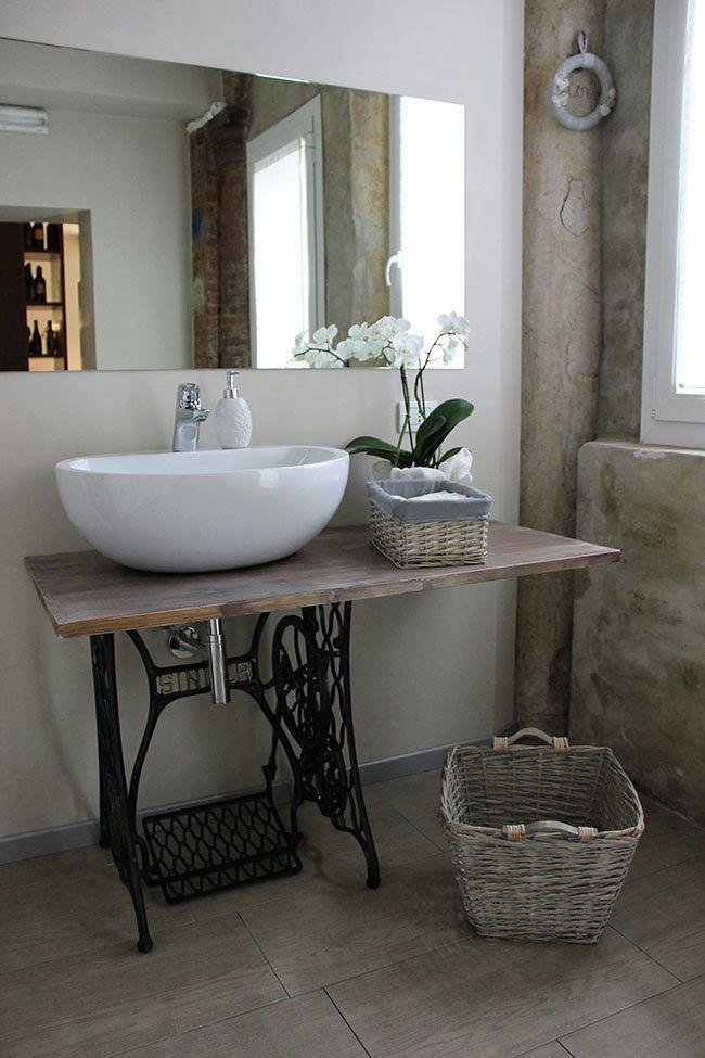 Sewing Machine Home Design Ideas | Waschbecken, Badezimmer Und Alte  Nähmaschinen