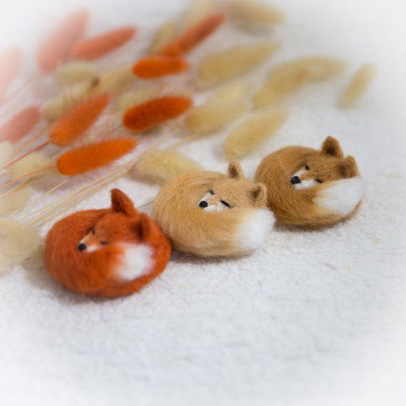 Fox Brooch wool Pin sleeping fox jewellery fox stuffed animal miniature gift for her jewellery fox lover kawaii #stuffedanimals