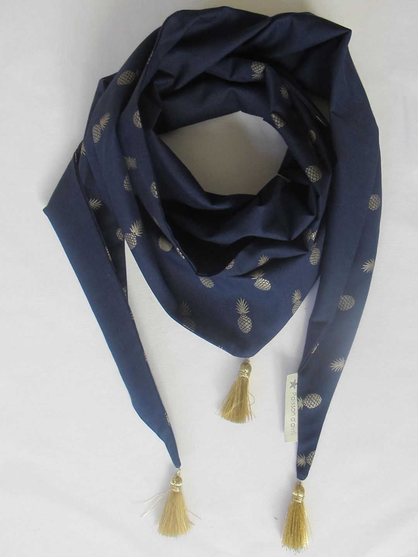 Chèche ou Foulard Ananas bleu marine   doré   Echarpe, foulard, cravate par  poisson-d-avril 91fb2ed975b