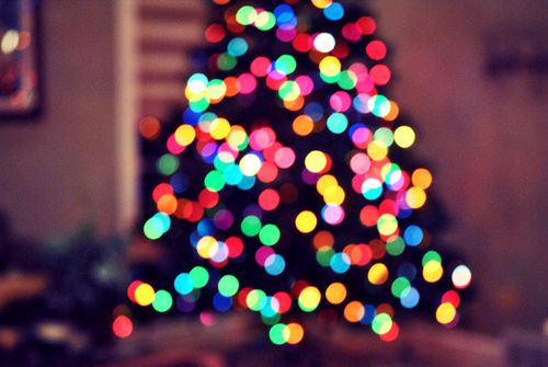The Christmas trees of my childhood were SOOO much prettier, with