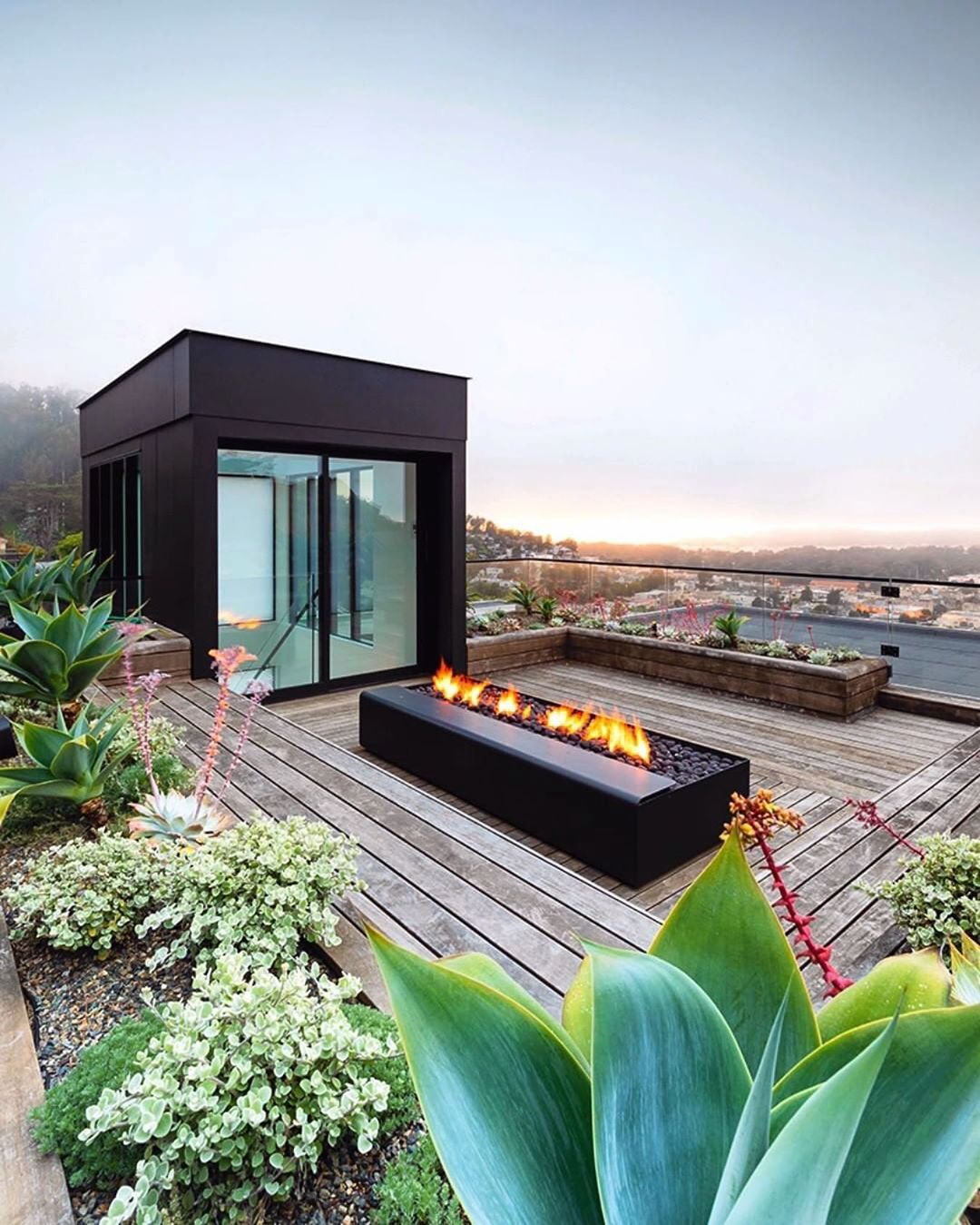 Surfacedesign Inc On Instagram Quintessentially Sf Foggy Summer Sunset From The Roof Terrace Of Our Tank Hill Projec Fire Glass Glass Fire Pit Roof Garden