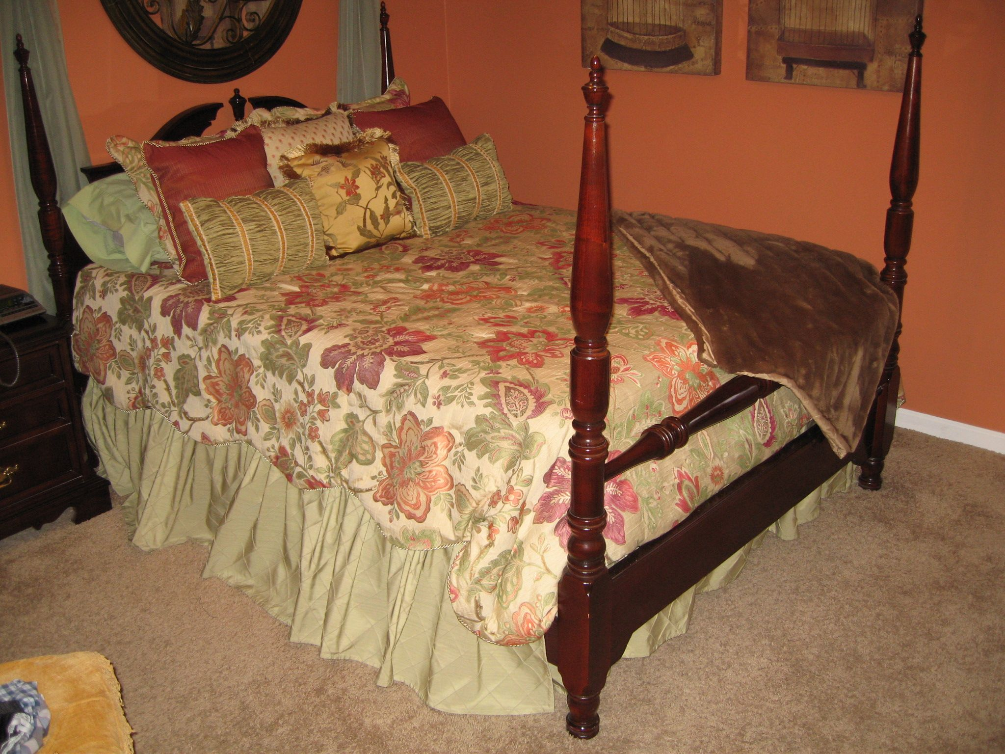 Best 3 Piece Queen Bedroom Suite In Brassfield S Garage Sale 400 x 300