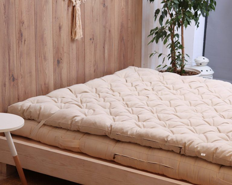 Wool Mattress Topper Home Of Wool All Natural Handmade Mattresses Wool Mattress Mattress Mattress Topper