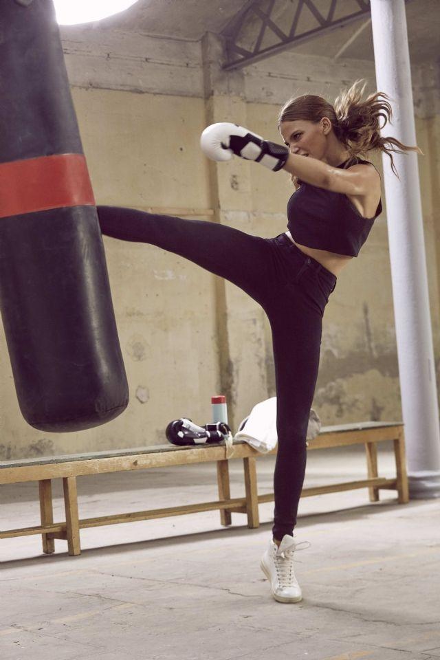 Serenay Sarikaya Kick Boxing Girl Boxing Girl Women Boxing