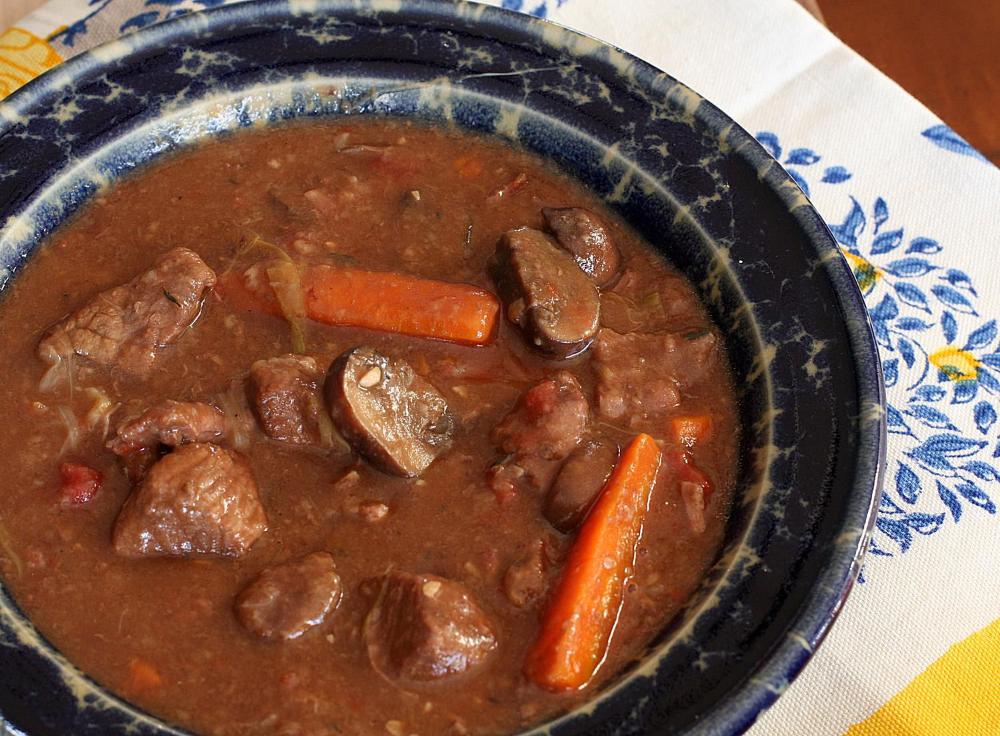 Slow Cooker Beef And Mushroom Stew With Red Wine Recipe Beef And Mushroom Stew Slow Cooker Beef Stew Mushroom Stew