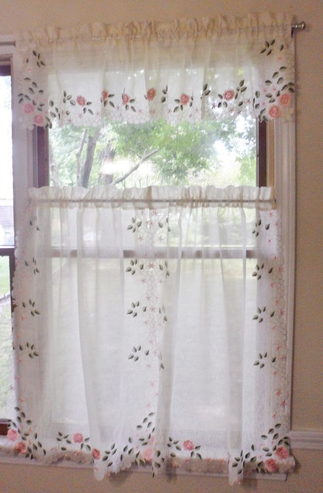 VTG Textured Linen Sheer Embroidered Shabby Floral Chic Curtain Panel Valance