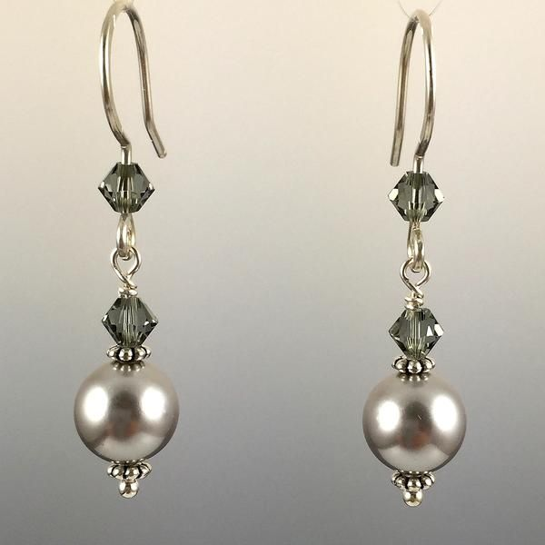 Light Grey Swarovski Crystal Pearls & Swarovski Crystal Simple Drop Earrings – 8mm