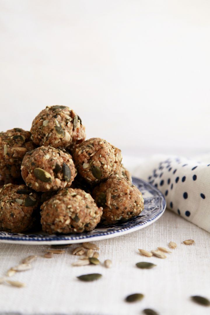 Coconut and Apricot Protein Balls